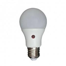 Λάμπα LED 7W με αισθητήρα μέρας νύχτας SMD E27 4000K Eurolamp